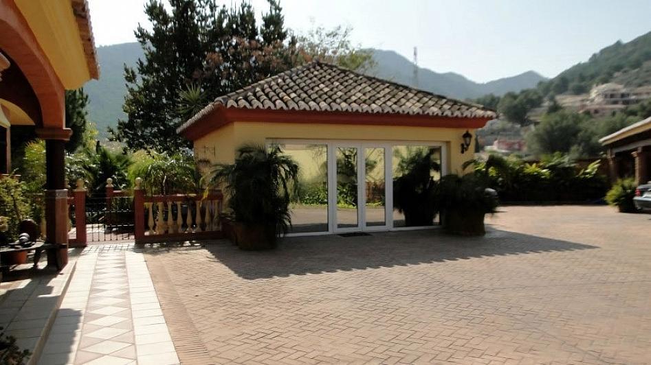 Villa en alquiler en Alhaurín de la Torre - 295832799