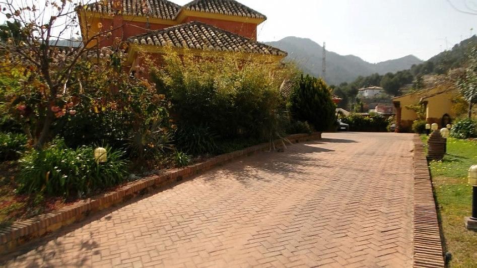 Villa en alquiler en Alhaurín de la Torre - 295832808