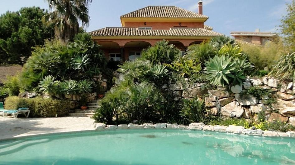 Villa en alquiler en Alhaurín de la Torre - 295832811
