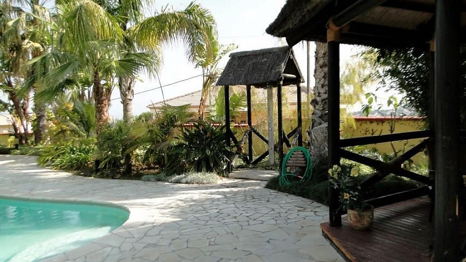Villa en alquiler en Alhaurín de la Torre - 295832817