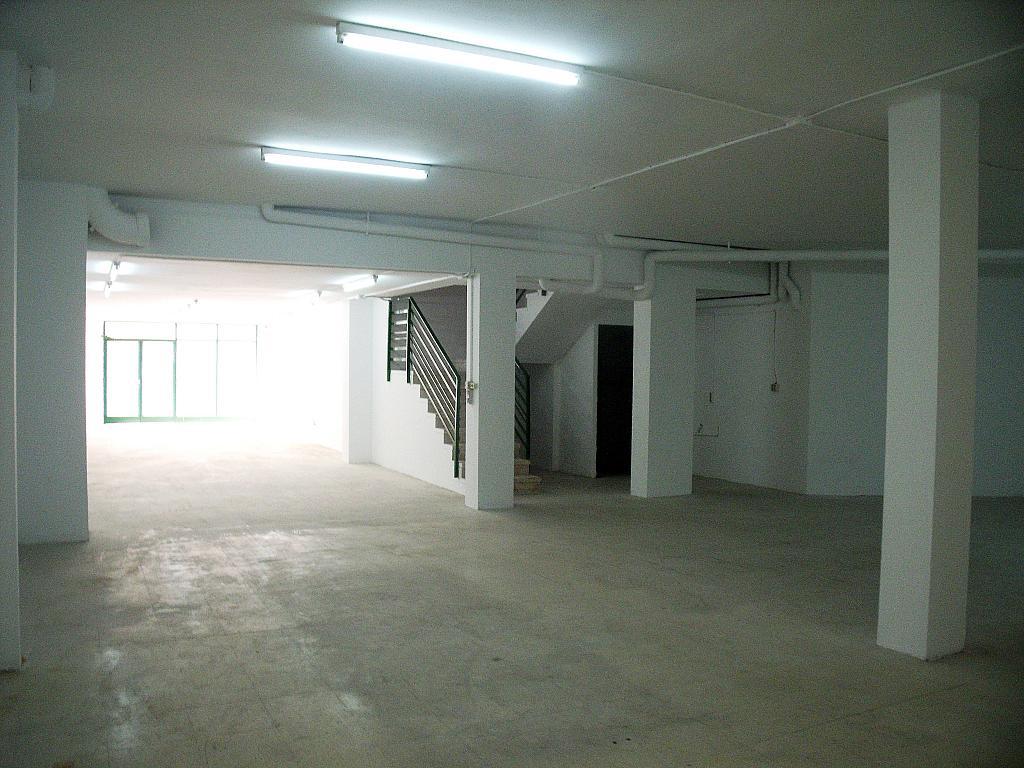 Planta baja - Local en alquiler en calle Simancas, Les Roquetes-Canyelles en Barcelona - 323947657