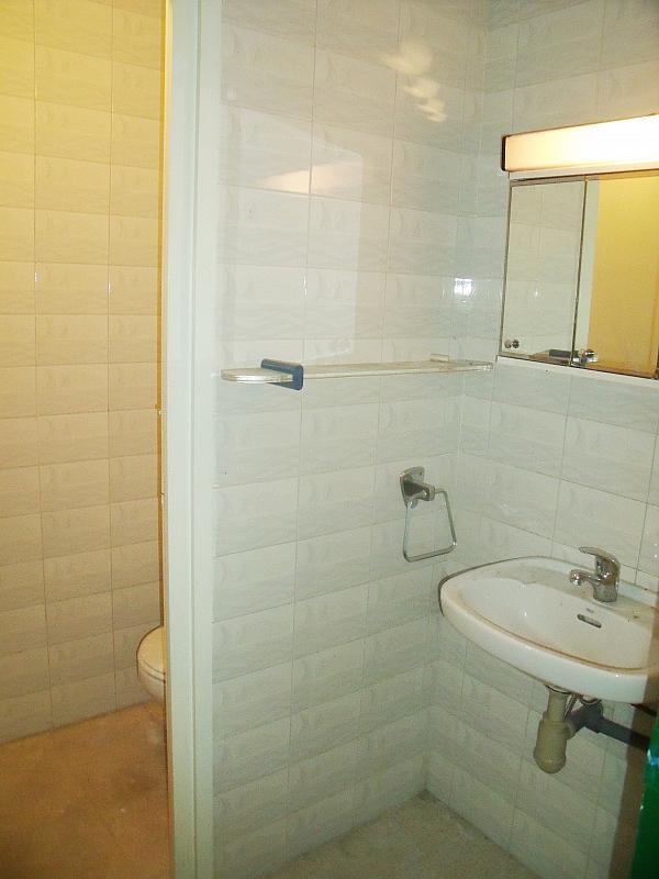 Baño - Local en alquiler en calle Simancas, Les Roquetes-Canyelles en Barcelona - 323947731