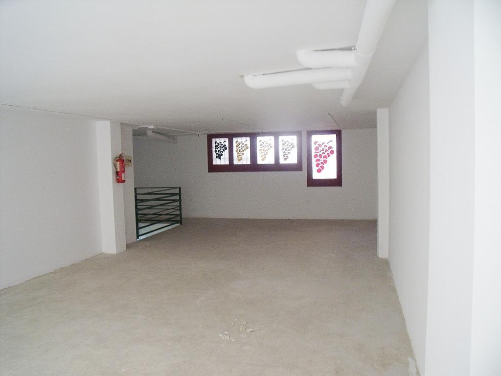 Planta altillo - Local en alquiler en calle Simancas, Les Roquetes-Canyelles en Barcelona - 323947880