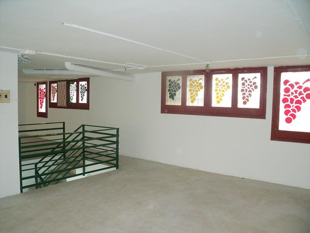 Planta altillo - Local en alquiler en calle Simancas, Les Roquetes-Canyelles en Barcelona - 323947885