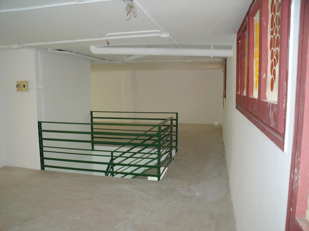 Planta altillo - Local en alquiler en calle Simancas, Les Roquetes-Canyelles en Barcelona - 323947889