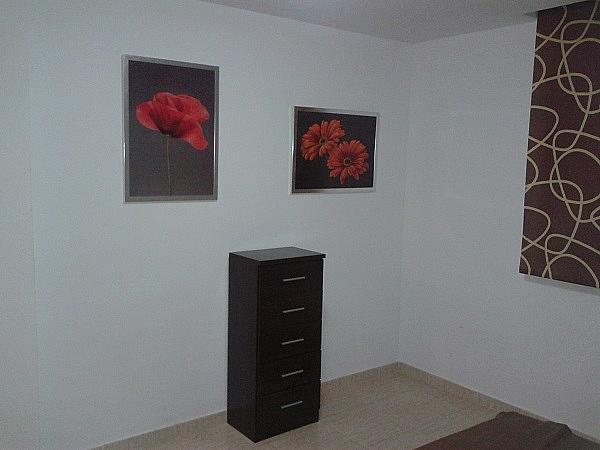 Dormitorio - Piso en alquiler en Roche - 275844552