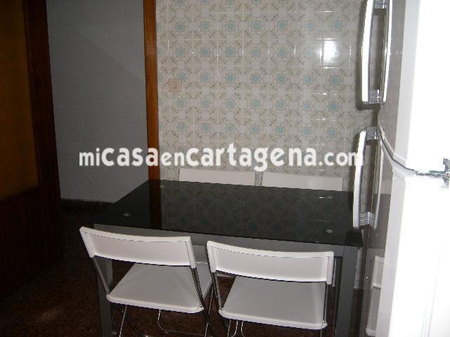 Piso en alquiler en Casco en Cartagena - 78187626