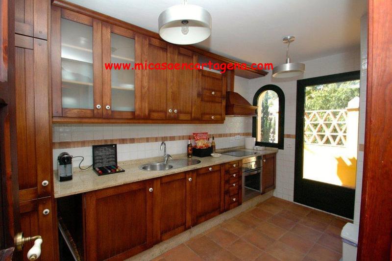 Cocina - Villa en alquiler en Belones, Los - 119911473