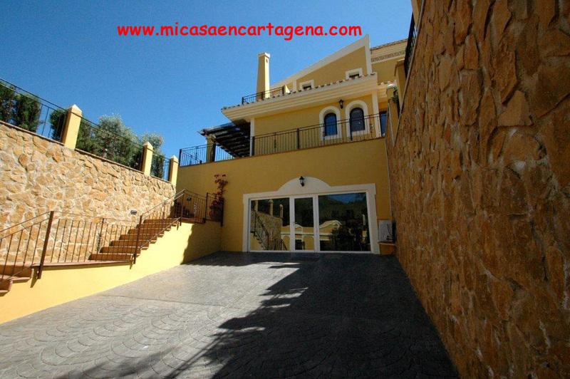 Fachada - Villa en alquiler en Belones, Los - 119911487