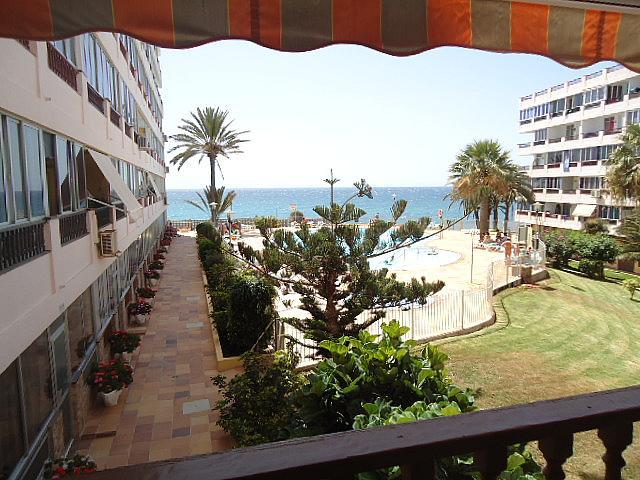 Piso en alquiler de temporada en calle Playa del Aguila, Playa Del Aguila - 151740333