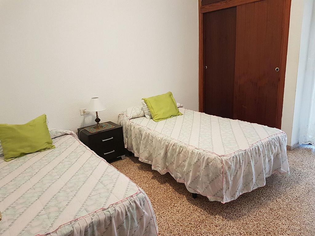 Piso en alquiler en calle Los Corales, Zona Centro en Santa Cruz de Tenerife - 379491674