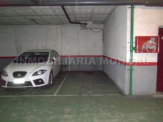 Parking en alquiler en calle Montmany, Centre en Sant Boi de Llobregat - 257391583