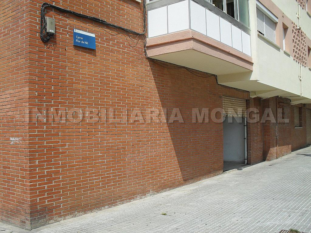 Local comercial en alquiler en calle Flor de Nit, Sant Ildefons en Cornellà de Llobregat - 321216238