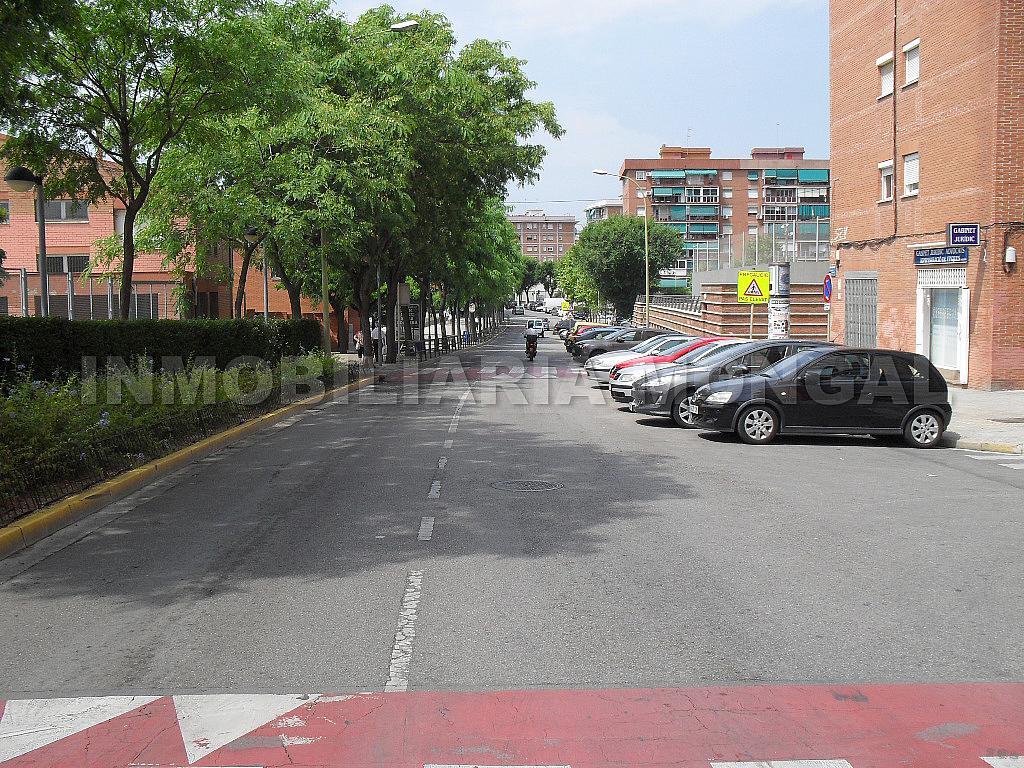 Local comercial en alquiler en calle Flor de Nit, Sant Ildefons en Cornellà de Llobregat - 321216265