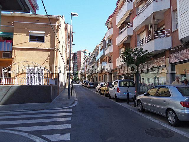 Local comercial en alquiler en calle Felix Just Oliveras, Gavarra en Cornellà de Llobregat - 193772611