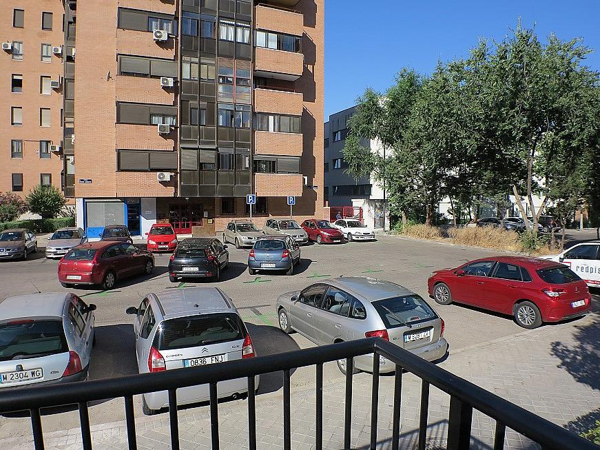 Local comercial en alquiler en calle Puerto Miravete, Legazpi en Madrid - 246853315