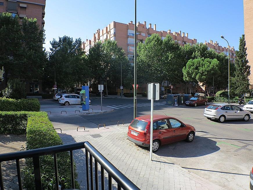 Local comercial en alquiler en calle Puerto Miravete, Legazpi en Madrid - 246853316