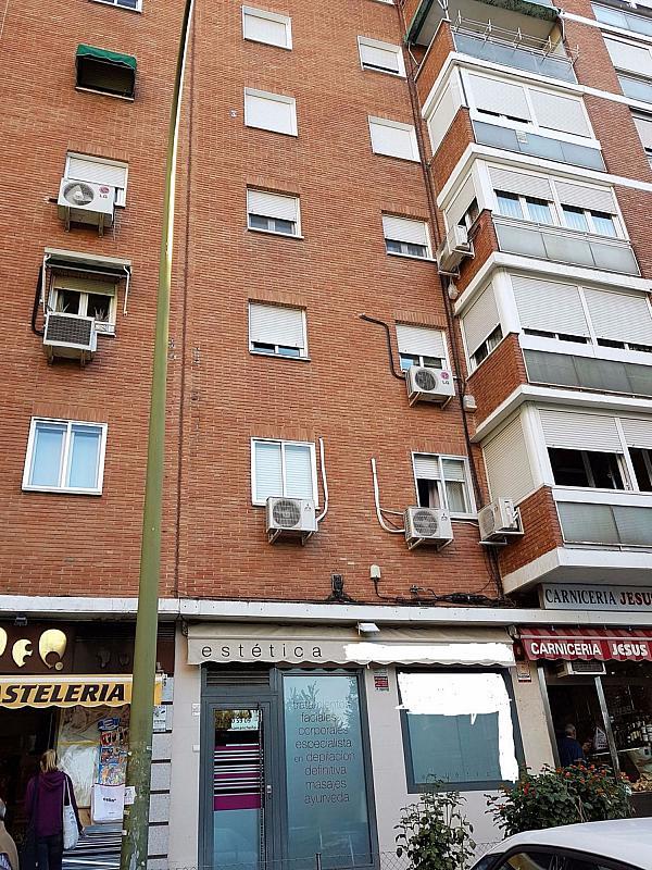 Local comercial en alquiler en calle Del Vinateros, Marroquina en Madrid - 347437633