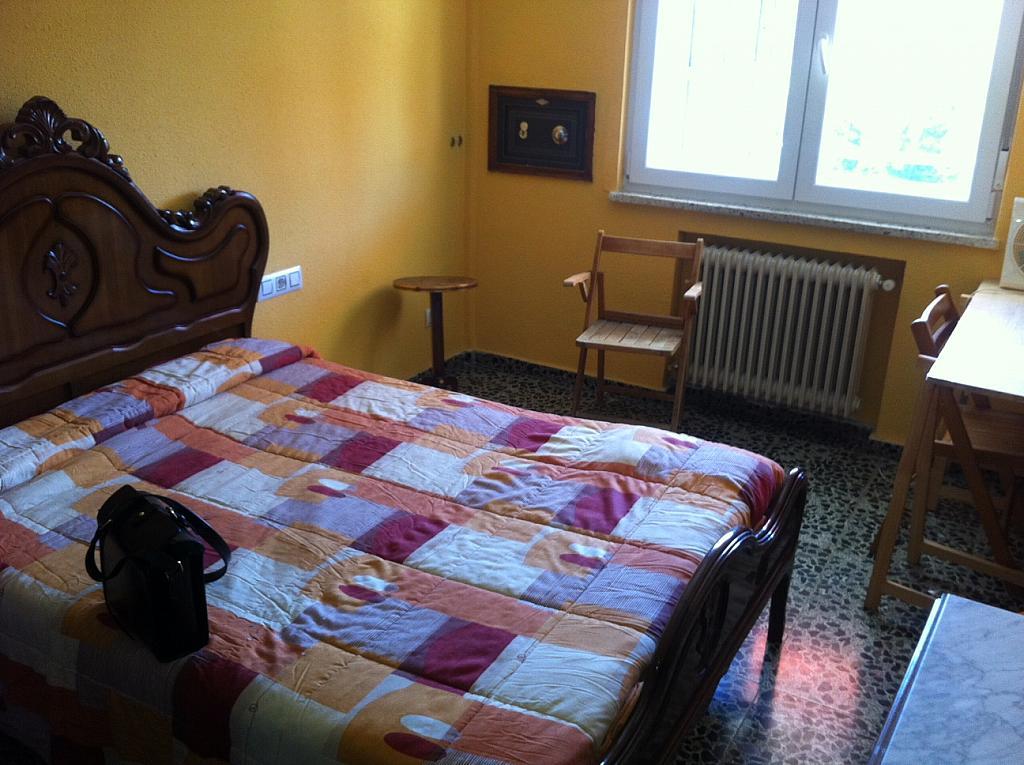 Piso en alquiler en plaza Oeste, Carmelitas Oeste en Salamanca - 291045803