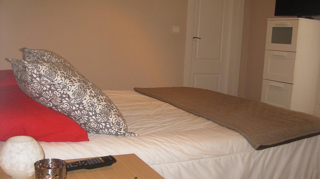 Dormitorio - Ático en alquiler de temporada en calle Tomillar, Torre del mar - 299249735