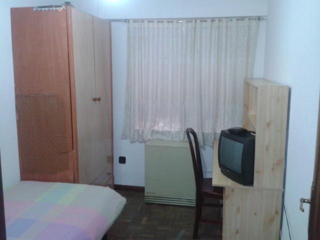 Apartamento en alquiler de temporada en calle Vitigudino, San Bernardo en Salamanca - 122917288