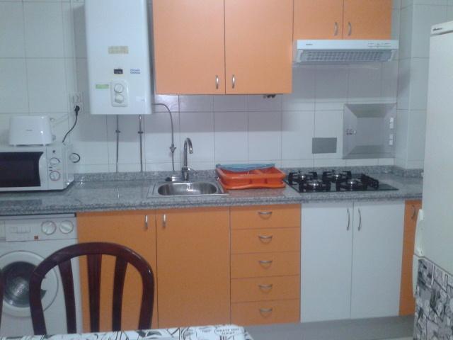 Apartamento en alquiler de temporada en calle Vitigudino, San Bernardo en Salamanca - 122917290