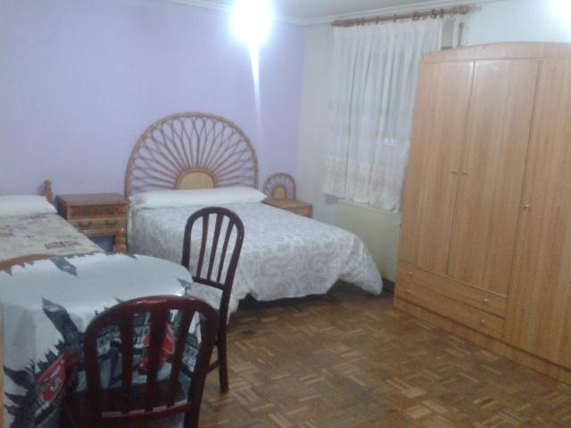 Apartamento en alquiler de temporada en calle Vitigudino, San Bernardo en Salamanca - 122917294