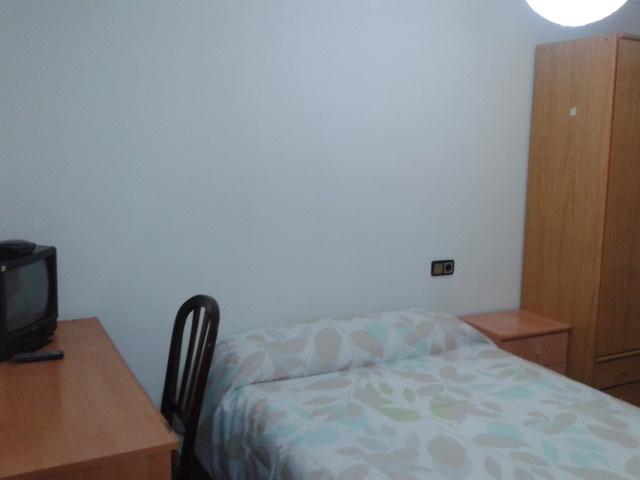 Apartamento en alquiler de temporada en calle Vitigudino, San Bernardo en Salamanca - 122917301