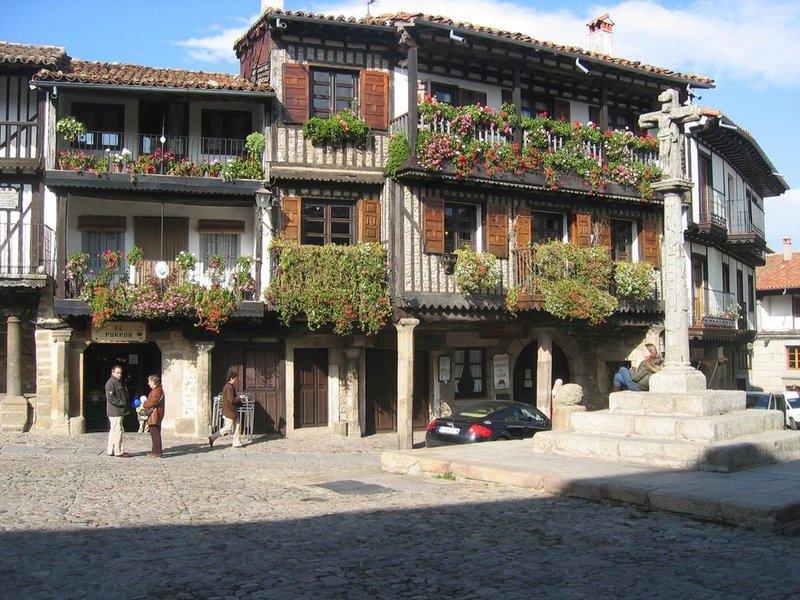 Apartamento en alquiler de temporada en calle Vitigudino, San Bernardo en Salamanca - 122917311