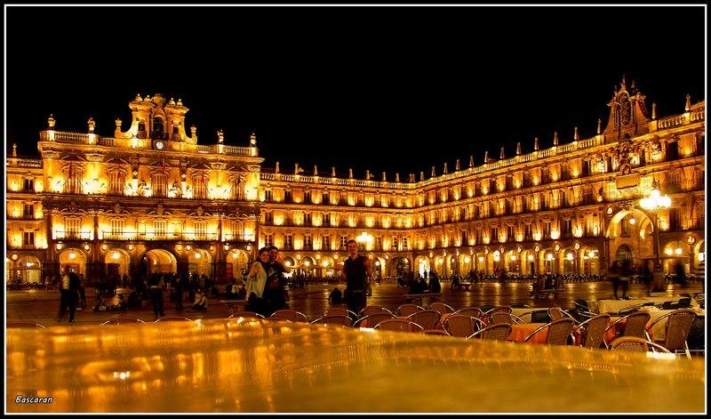 Apartamento en alquiler de temporada en calle Vitigudino, San Bernardo en Salamanca - 122917313