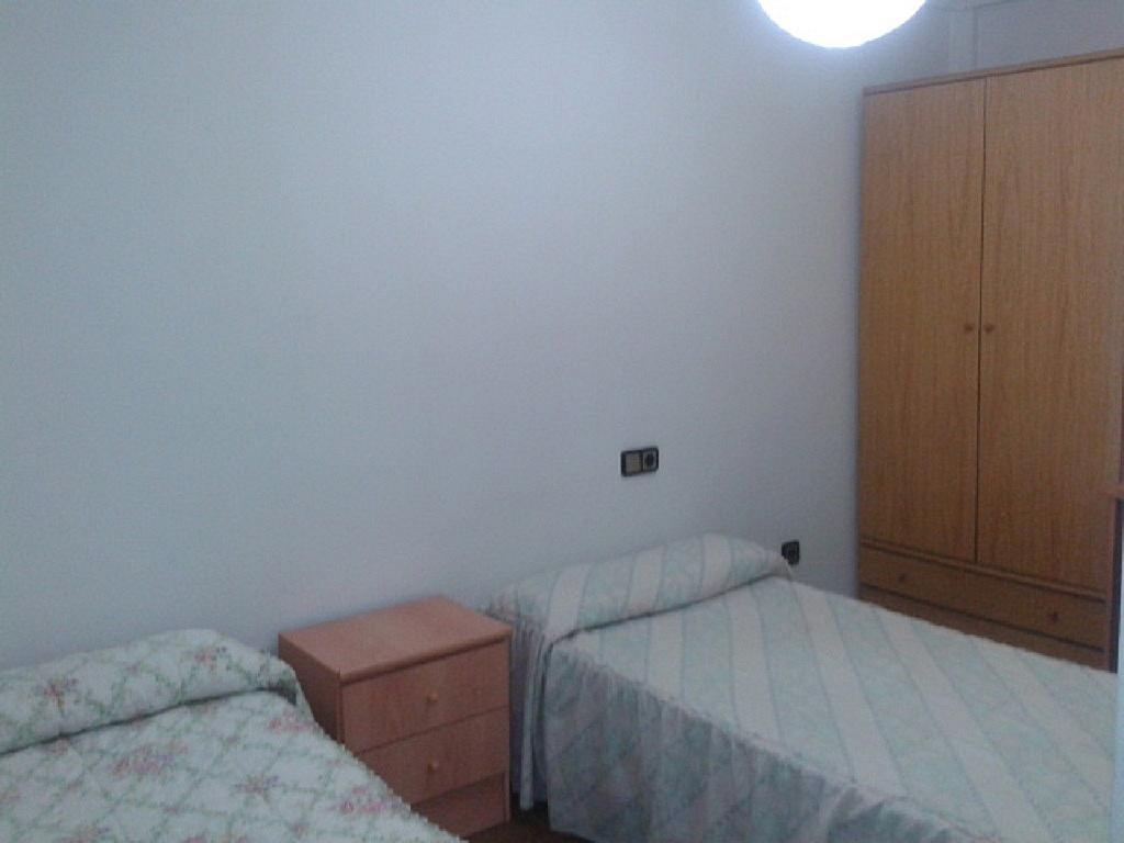 Apartamento en alquiler de temporada en calle Vitigudino, San Bernardo en Salamanca - 240383269