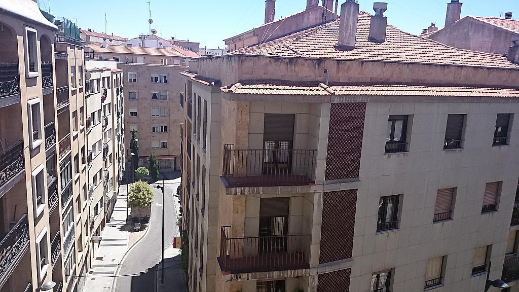 Apartamento en alquiler en calle Arriba, Centro en Salamanca - 194795726