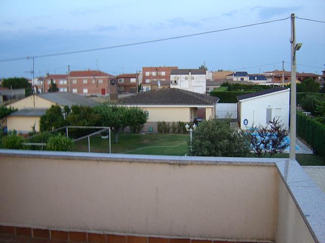 Chalet en alquiler en calle Calderon de la Barca, Salamanca - 207221245