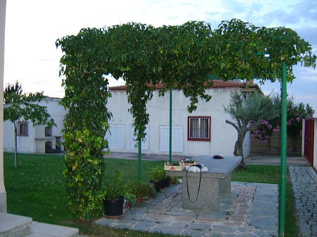 Chalet en alquiler en calle Calderon de la Barca, Salamanca - 207221268