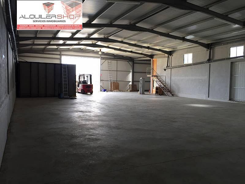 Foto - Nave industrial en alquiler en Barbastro - 322418945