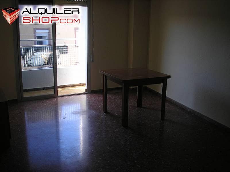 Foto - Piso en alquiler en Torrefiel en Valencia - 189899175
