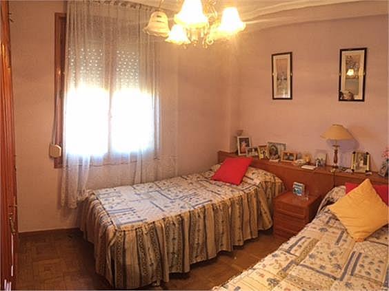 Piso en alquiler en Rondilla-Pilarica-Vadillos-Bº España-Santa Clara en Valladolid - 326178390