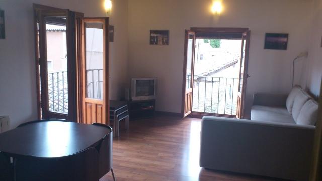 Apartamento en alquiler en calle Cuesta Escalones, Toledo - 54874549