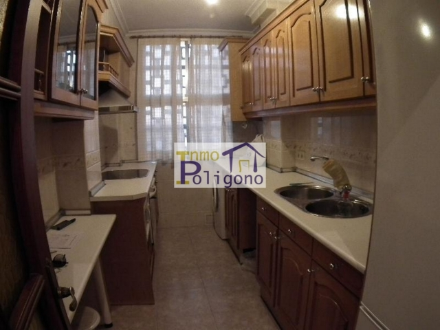 Piso en alquiler en calle Retamosillo, Santa María de Benquerencia en Toledo - 78990174