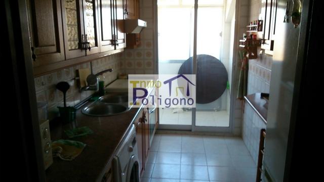 Piso en alquiler en calle Yedra, Santa María de Benquerencia en Toledo - 118265047