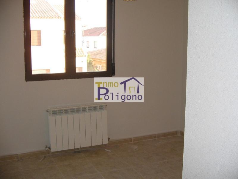 Chalet en alquiler en calle Orense, Polán - 99482068
