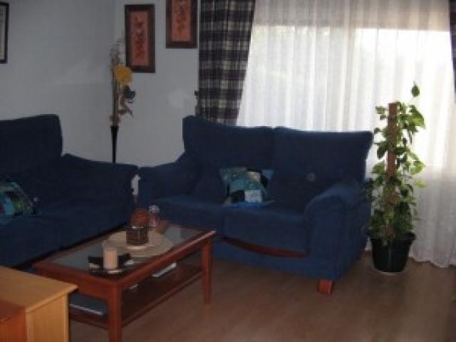 salon-casa-adosada-en-venta-en-ubr-parque-blanco-santa-maria-de-benquerencia-en-toledo-32713754