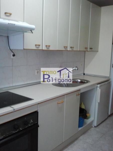 Piso en alquiler en calle Alquiler Poligono, Santa María de Benquerencia en Toledo - 112348104