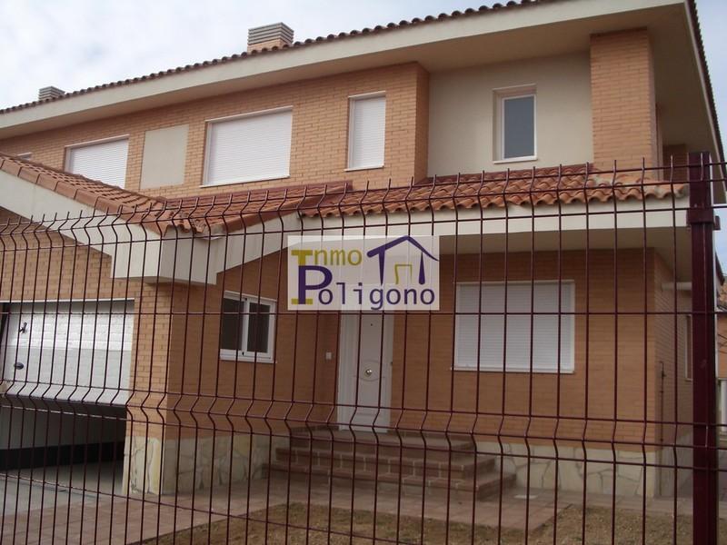 Chalet en alquiler en calle Isabel de Portugal, Nambroca - 118877736