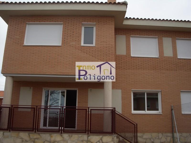 Chalet en alquiler en calle Isabel de Portugal, Nambroca - 118877740