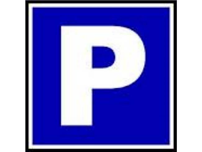 Parking en alquiler en Premià de Dalt - 353693408