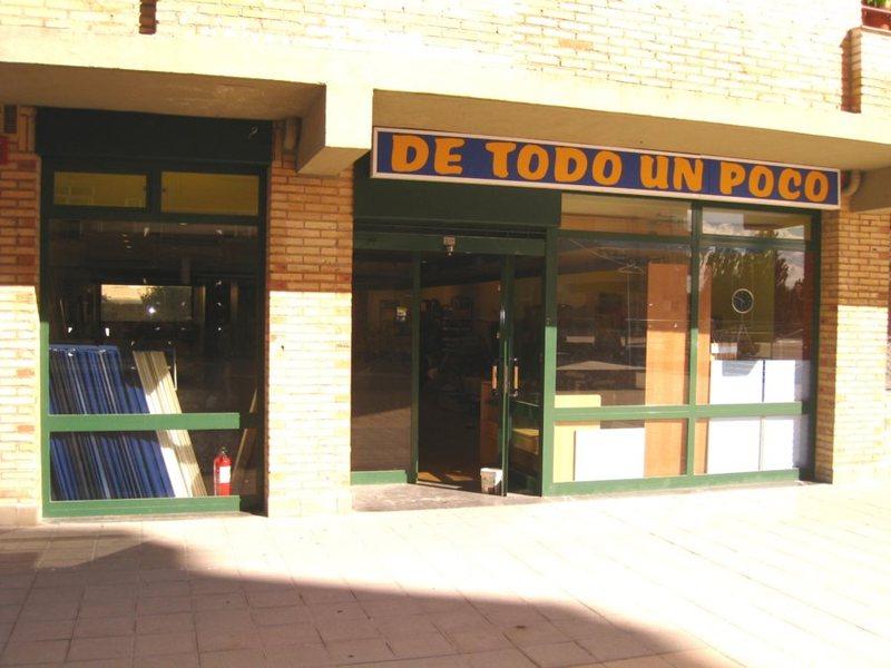 Local comercial en alquiler en calle Santa Cruz, Zizur Mayor/Zizur Nagusia - 123392590