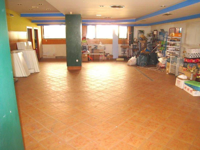 Local comercial en alquiler en calle Santa Cruz, Zizur Mayor/Zizur Nagusia - 123392591