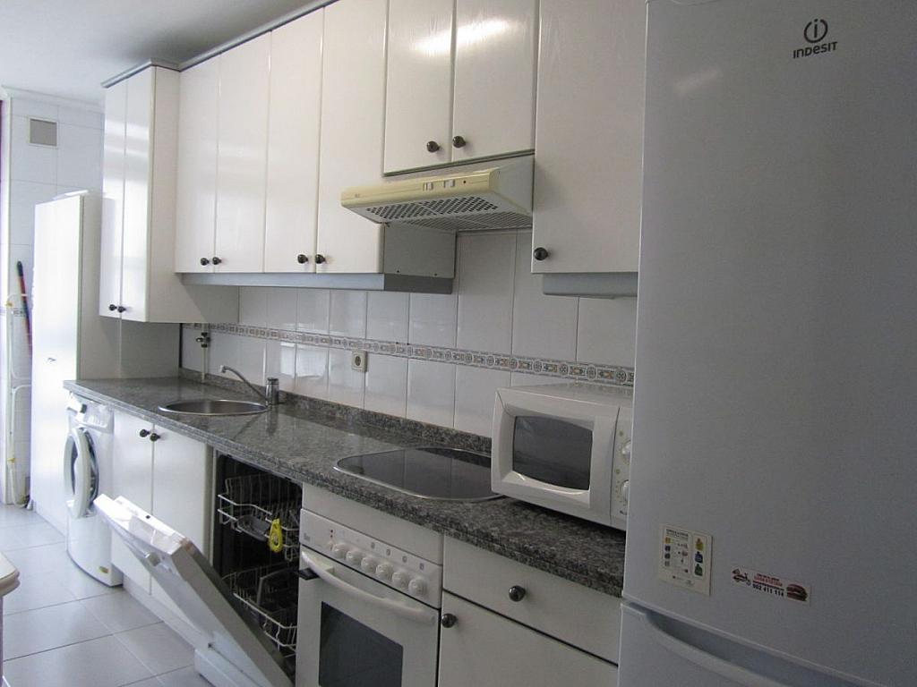 Foto 2 - Piso en alquiler en calle Coruña, Buenavista-El Cristo en Oviedo - 326392082