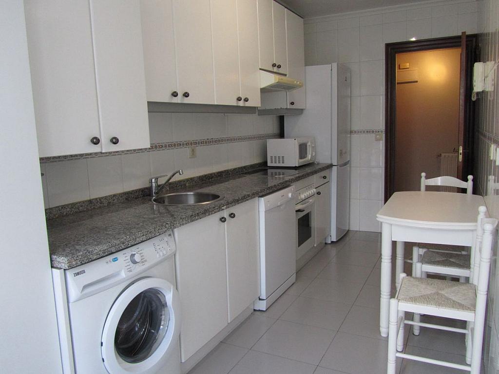 Foto 4 - Piso en alquiler en calle Coruña, Buenavista-El Cristo en Oviedo - 326392088